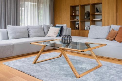 rámový stolek