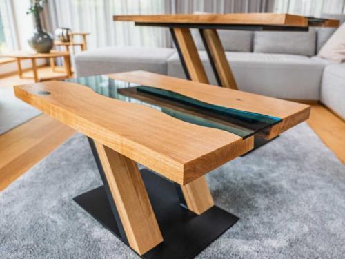 konferenční stolek double-Z